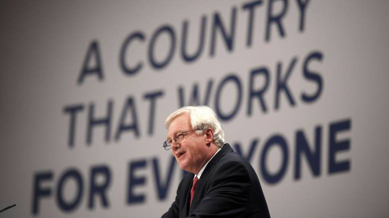 Η Βρετανία θέλει να έχει λόγο στην επίλυση του μεταναστευτικού ζητήματος, λέει ο υπουργός Brexit