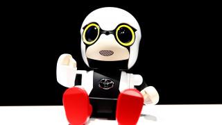 Kirobo mini: Το μωρό ρομπότ που τονώνει το μητρικό ένστικτο