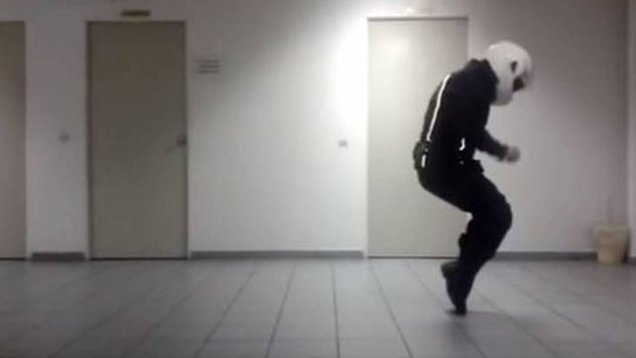 Ό «Μάικλ Τζάκσον» της ομάδας ΔΙΑΣ και το Running Man Challenge που τρέλανε τους αστυνομικούς (vids)