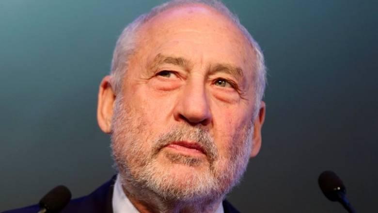 Στίγκλιτς: Η ευρωζώνη δεν θα μακροημερεύσει αν δεν αλλάξει κανόνες