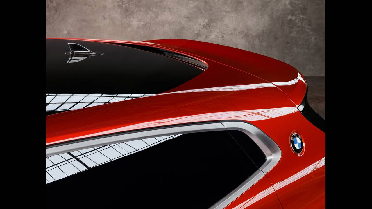 https://cdn.cnngreece.gr/media/news/2016/10/03/48808/photos/snapshot/BMW-X2-CONCEPT-6.jpg