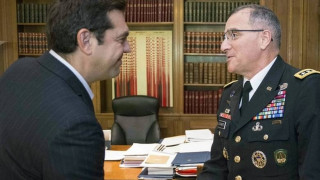 Συνάντηση Τσίπρα με ανώτατο διοικητή του ΝΑΤΟ