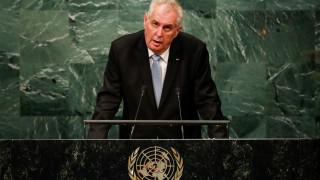 Πρόκληση του Τσέχου προέδρου: Οι πρόσφυγες να σταλούν στα ακατοίκητα ελληνικά νησιά