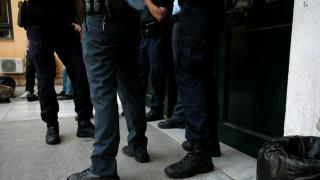 Συνελήφθη στη Βούλα Τούρκος καταζητούμενος με ελληνικά χαρτιά