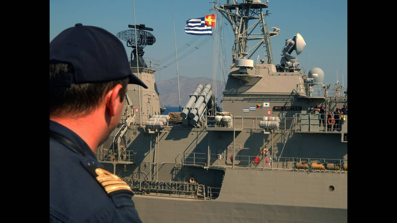 https://cdn.cnngreece.gr/media/news/2016/10/05/49085/photos/snapshot/2606443.jpg