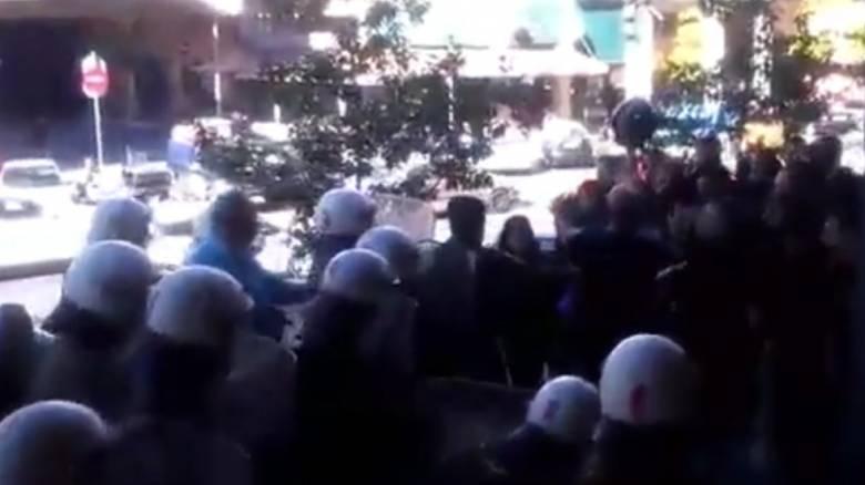 Θεσσαλονίκη: Επεισόδια στα δικαστήρια για τους πλειστηριασμούς