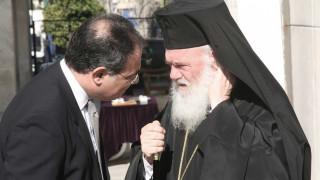 Εκπρόσωπος Αρχιεπισκόπου: Ο Φίλης είπε ψέμματα ότι έγινε συζήτηση για τα θρησκευτικά