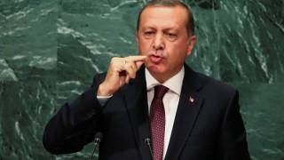 Ο Ερντογάν έδειξε την πόρτα εξόδου σε 540 στελέχη του Πολεμικού Ναυτικού και Αεροπορίας