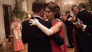 Tζάκι: Το trailer αποδεικνύει ότι η Νάταλι Πόρτμαν είναι η πρώτη κυρία των Όσκαρ