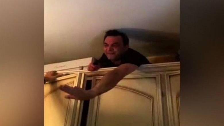 Ιταλία: Καταζητούμενος μαφιόζος κρυβόταν... στην ντουλάπα του γιού του