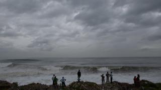 Πάνω από 100 οι νεκροί από τον τυφώνα Μάθιου