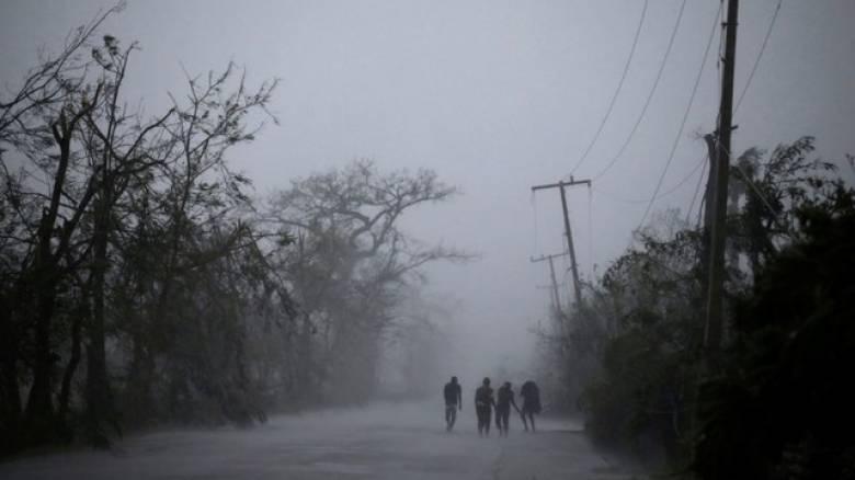 Ο Ομπάμα κήρυξε σε κατάσταση έκτακτης ανάγκης τη Φλόριντα εν αναμονή του τυφώνα Μάθιου