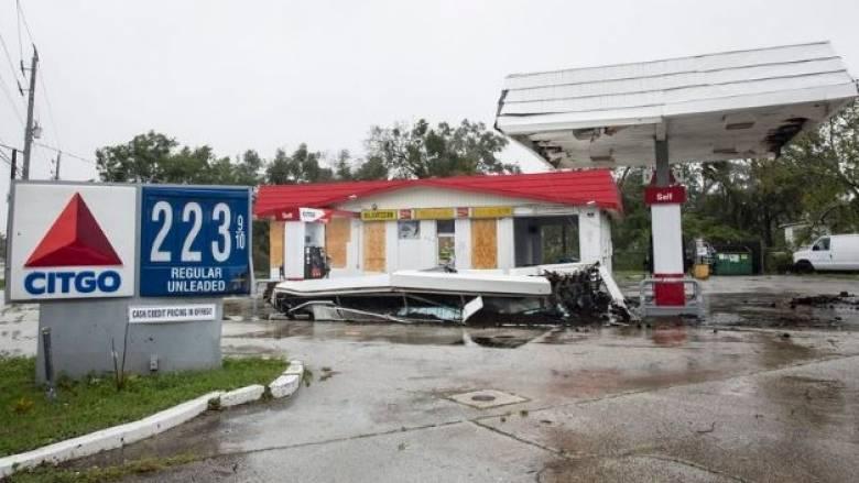 ΗΠΑ: Τουλάχιστον 4 νεκρούς και τεράστιες καταστροφές άφησε στο πέρασμα του ο τυφώνας Μάθιου