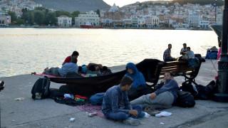 114 παράτυποι μετανάστες σε θαλαμηγό ανοιχτά της Μήλου
