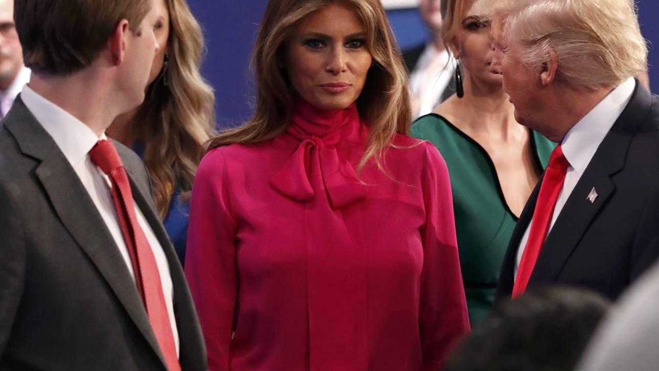 Pussy riot: πως η Μελάνια Τραμπ μονοπώλησε το χθεσινό ντιμπέιτ με ένα ρούχο