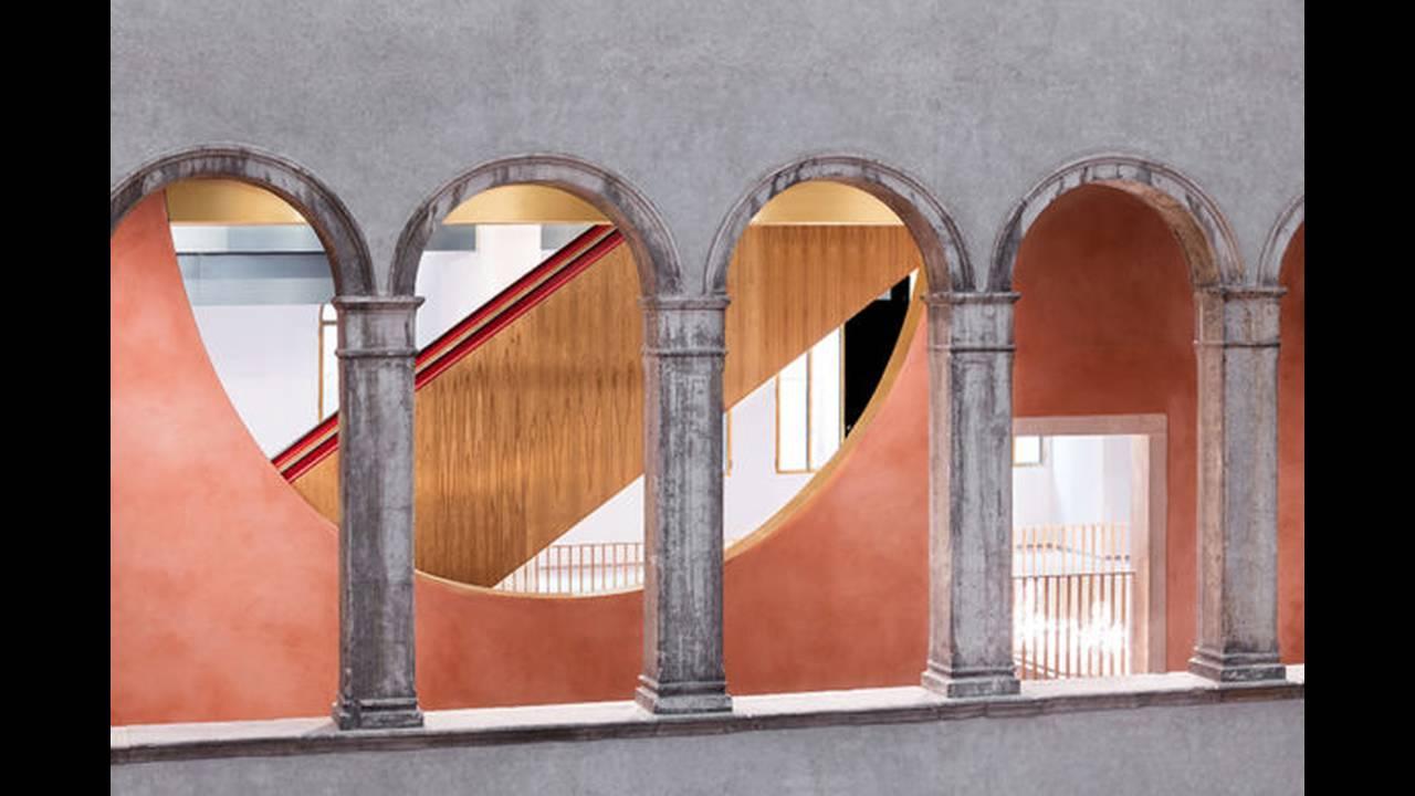 https://cdn.cnngreece.gr/media/news/2016/10/10/49705/photos/snapshot/Arches-Photo-by-Delfino-Sisto-Legnani-and-Marco-Cappelletti--OMA-585x390.jpg