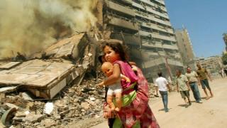 Φωτογραφίζοντας τις εμπόλεμες ζώνες: Η φωτορεπόρτερ που θα γίνει ταινία