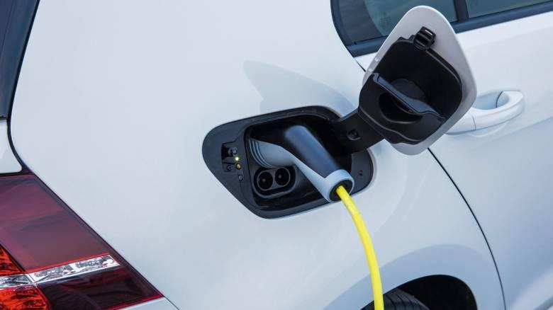 Το τέλος των κινητήρων βενζίνης και πετρελαίου είναι πιο κοντά από ότι νομίζουμε;