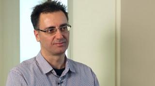 Μεν. Χαραλαμπίδης: Μελέτησα την Απελευθέρωση λόγω του πατέρα μου