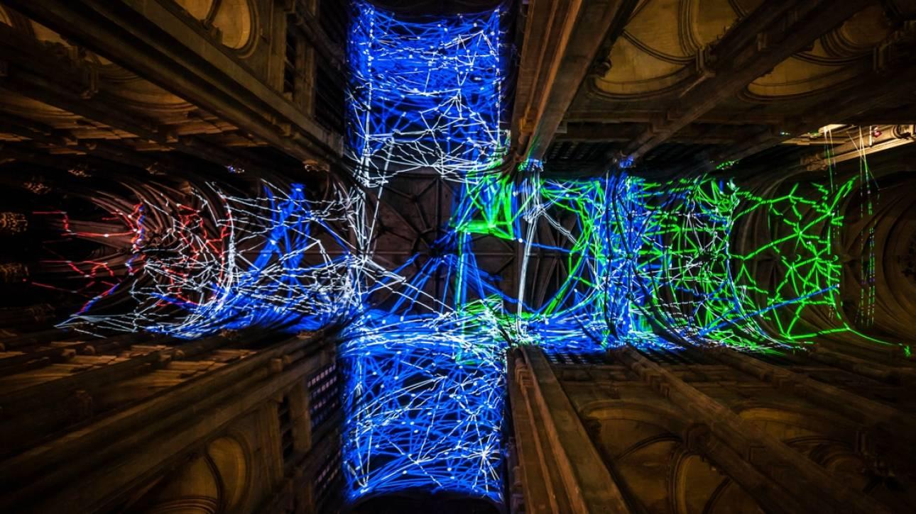 Voûtes célestes: Το υπερθέαμα φωτός στον θόλο ναού στο Παρίσι προκαλεί δέος (vid&pics)