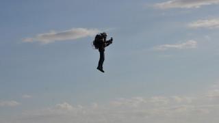 Το μέλλον είναι εδώ: Στολή… πτήσης με τουρμπίνες για  σύγχρονους Ικάρους
