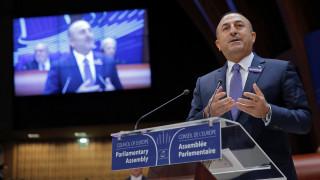 Τσαβούσογλου: Όλες οι χώρες πρέπει να τηρούν τις διεθνείς συμφωνίες