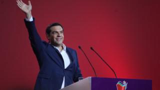 Τσίπρας: Περάσαμε από συμπληγάδες αλλά μείναμε όρθιοι