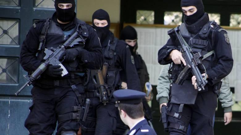 Η «Συνωμοσία Πυρήνων της Φωτιάς» στρατολογεί νέα μέλη και ετοιμάζει επιθέσεις