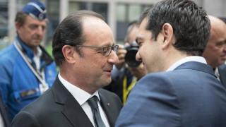 Le Figaro: Ο Ολάντ έμεινε άφωνος όταν ο Πούτιν του είπε για τις δραχμές