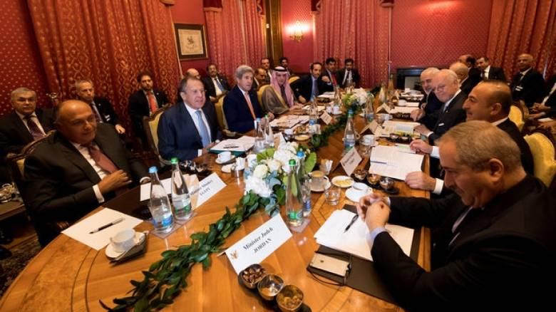 Συρία: Άνοιξε ένα ειρηνευτικό μονοπάτι στη συνάντηση Κέρι-Λαβρόφ