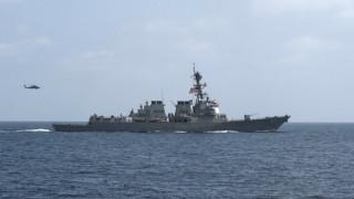 Νέα πυραυλική επίθεση με στόχο αμερικανικά πλοία