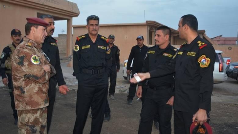 ΗΠΑ και Ιράκ σφυροκοπούν από αέρος τη Μοσούλη πριν τη χερσαία επιχείρηση