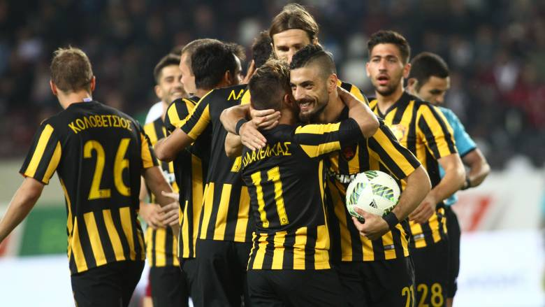 Super League: με Πλατέλλα πέρασε από την Λάρισα η ΑΕΚ
