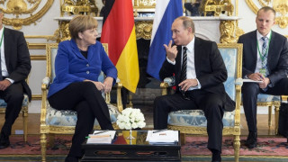Μέρκελ - Ολάντ - Πούτιν - Ποροσένκο τα λένε για το Ουκρανικό