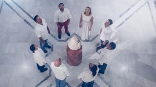 Όταν τα εκθέματα του Μουσείου Μπενάκη αρθρώνουν λόγο γίνονται θαύματα