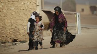Συρία: Αποχωρούν οι αντάρτες από πολιορκημένη πόλη κοντά στη Δαμασκό