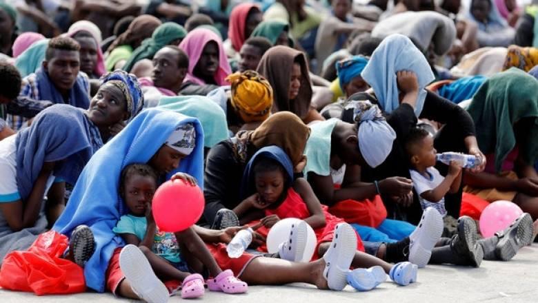 Ιταλία: 5 νεκροί μετανάστες 301 διασωθέντες σε πέντε επιχειρήσεις διάσωσης