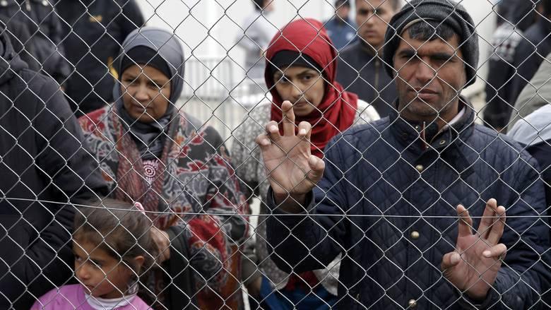 Φεύγουν οι πρώτοι 500 πρόσφυγες για Γερμανία