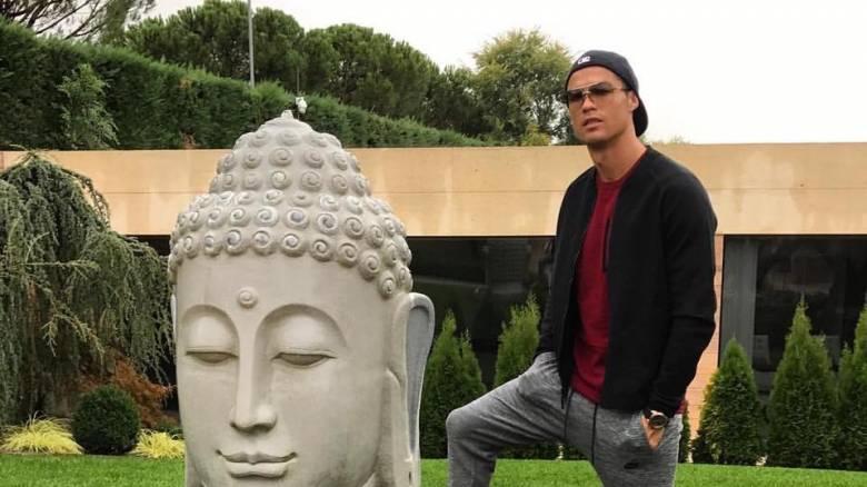 Πώς ο Κριστιάνο Ρονάλντο προσέβαλε με μια φωτογραφία του τους Βουδιστές