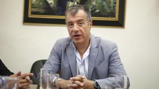 Στ. Θεοδωράκης: Σε λίγο θα στήσουν ανδριάντα του Τσίπρα στην Βουλγαρία