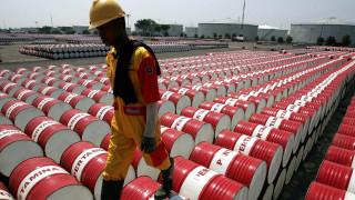 Σκληρό «πόκερ» στην παγκόσμια αγορά πετρελαίου