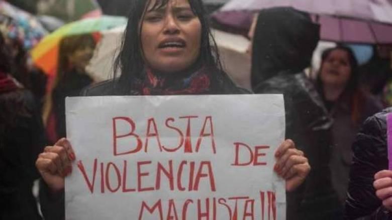 """""""Όχι άλλες Λουσίες"""" φωνάζουν οι γυναίκες στην Αργεντινή"""