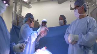 Το μωρό που γεννήθηκε δύο φορές (vid)