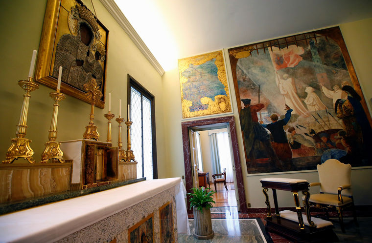 POPE RESIDENCE REUTERSTony Gentile7