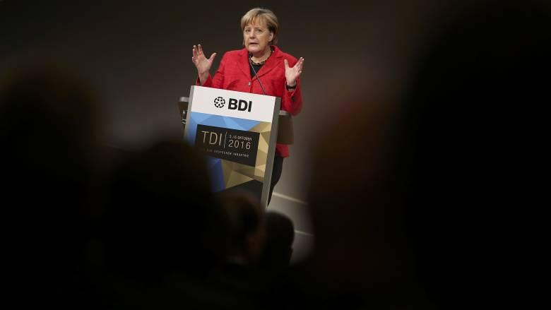 Βερολίνο: Η Ελλάδα να τηρήσει τις συμφωνίες που έχει υπογράψει. Το 2018 θα δούμε το χρέος