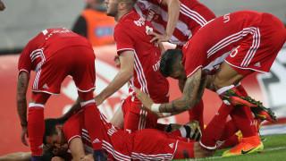 Super League: ο Ολυμπιακός νίκησε τον ΠΑΟΚ σε επεισοδιακό ματς