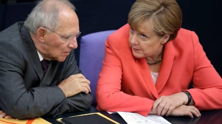 Politico: Έρχεται το Merkexit – Πώς θα ήταν η Ευρώπη με τον Σόιμπλε Καγκελάριο