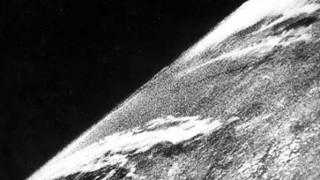 Πέρασαν εβδομήντα χρόνια από την πρώτη φωτογραφία της Γης από το διάστημα