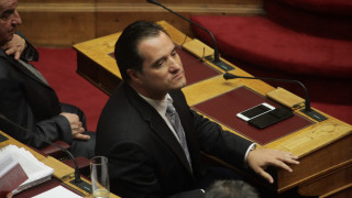 """Άδωνις: """"Οι αριστεροί δεν είναι δημοκράτες"""". Οργή από ΣΥΡΙΖΑ και ΚΚΕ"""