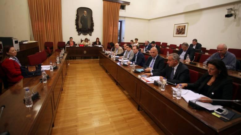 Βουλή: Αναβάλλεται η ακρόαση των υπερθεματιστών εν αναμονή της απόφασης του ΣτΕ